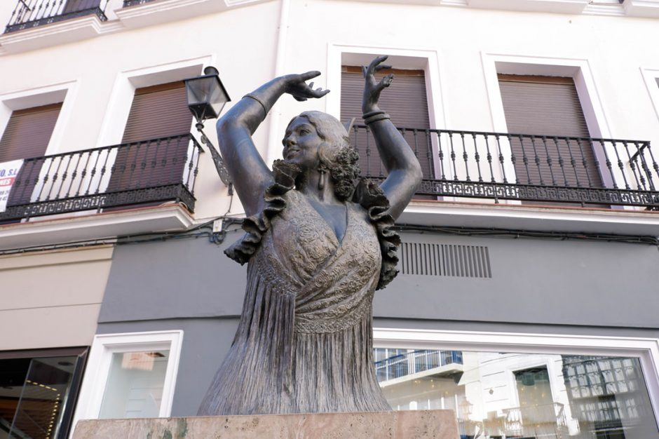 Statue of Sevillian flamenco dancer Pastora Imperio (1889-1979)