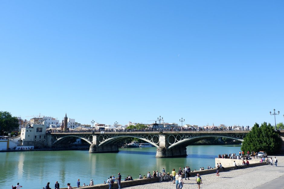 The neighbourhood of Triana is separated from Seville's city centre by the river Guadalquivir